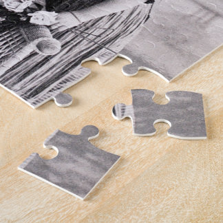 Vintage love couple black and white puzzles