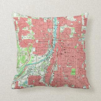 Vintage Map of Grand Rapids Michigan (1967) Cushion