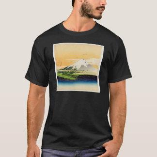 Vintage Mount Fuji Japanese Woodblock Print T-Shirt