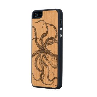 Vintage Octopus Sea Animal Scientific Illustration Carved® Cherry iPhone 5 Slim Case