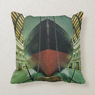 Vintage Oslo, Nansen's Fram Cushion