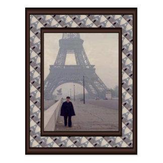 Vintage paris, Eiffel tower and gendarme Postcard