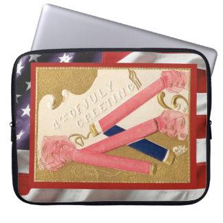 Vintage patriotic American, 4th July firecrackers Laptop Sleeve