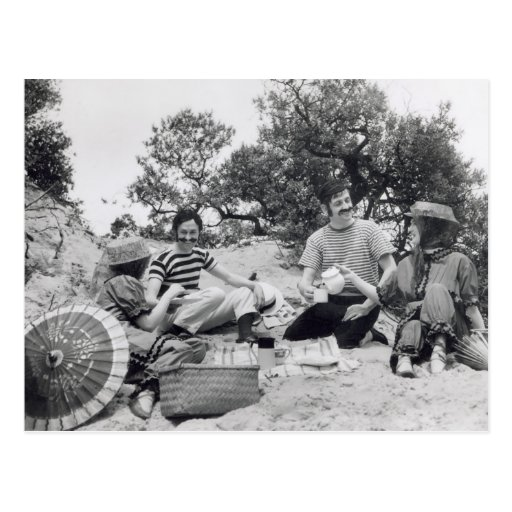 Vintage photograph Edwardian picnic on the beach Postcard