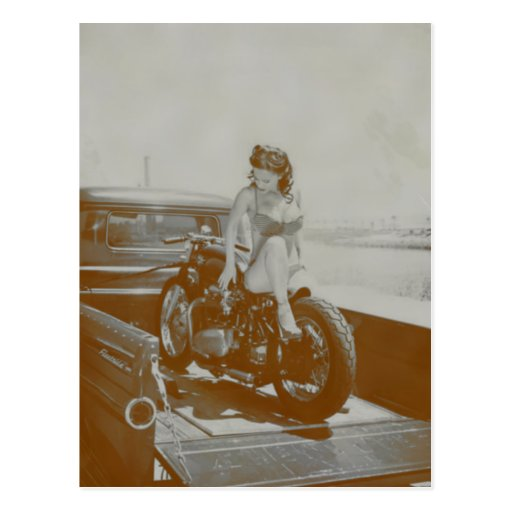 VINTAGE PINUP GIRL ON MOTOCYCLE. POST CARD