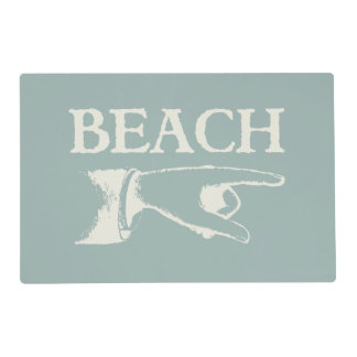 Vintage Pointing Beach Sign Laminated Placemat