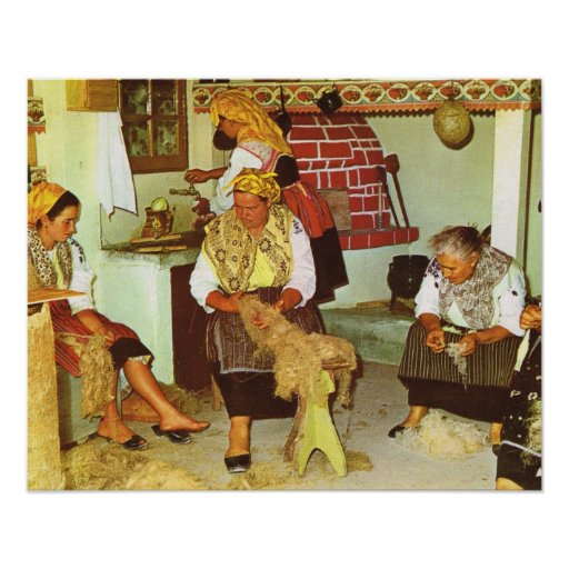 Vintage Portugal, Spinning the traditional way Poster