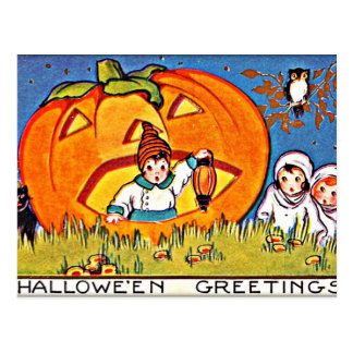 Vintage Pumpkin Halloween Greetings Postcard