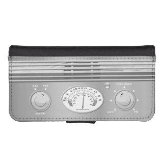 Vintage Radio iPhone SE/5/5s Wallet Case