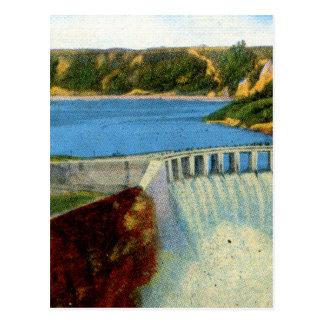 Vintage Retro Kitsch Mimi Postcard Hoover Dam