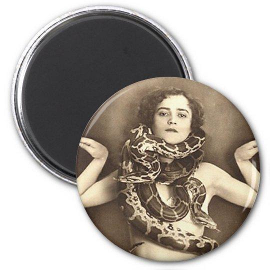 Vintage Retro Women Sideshow Snake Charmer 6 Cm Round Magnet