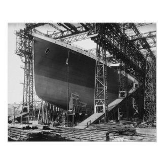 "Vintage RMS Titanic in shipyard poster 16"" x 20"""