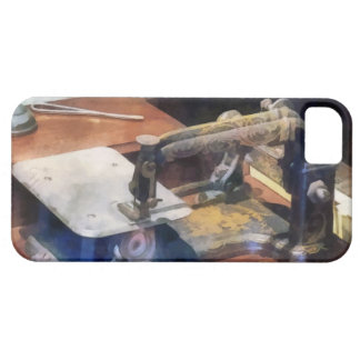 Vintage Sewing Machine Circa 1850 iPhone 5 Cover