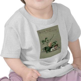 Vintage Shamrock Pig St Patrick's Day Card T-shirt
