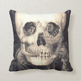 Vintage Skull Optical Illusion Black/White Pillow