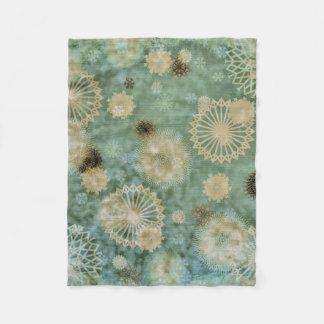 Vintage Snowflake Fleece Blanket