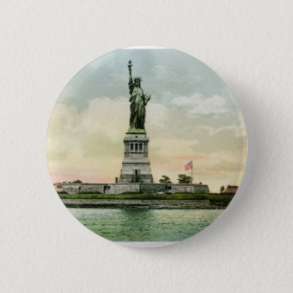 """Vintage """"Statue of Liberty"""" Poster. New York. 6 Cm Round Badge"""