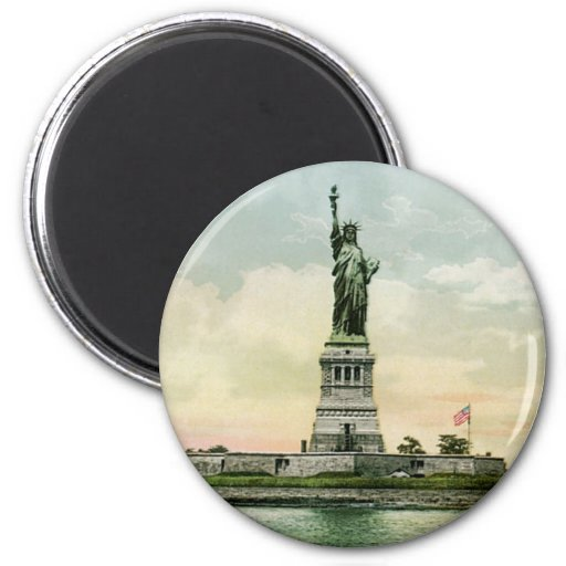 "Vintage ""Statue of Liberty"" Poster. New York. Magnets"