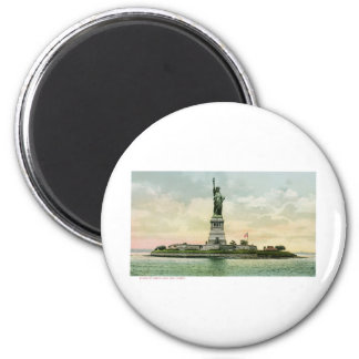 "Vintage ""Statue of Liberty"" Poster. New York. Fridge Magnets"