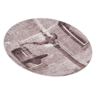 Vintage Street Lamp Party Plates