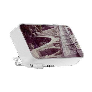 Vintage Style Shakespeare Bridge Travelling Speakers