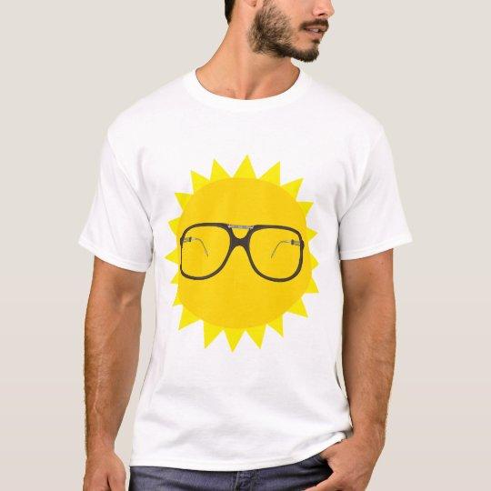 vintage sun glasses T-Shirt