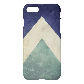 Vintage triangle pattern iPhone 7 case