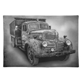VINTAGE TRUCK IN BLACK AND WHITE PLACEMAT