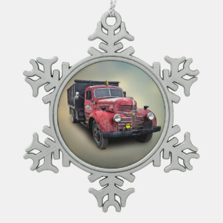 VINTAGE TRUCK PEWTER SNOWFLAKE DECORATION