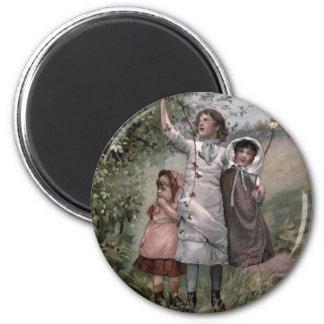 Vintage Victorian & Cute: Blackberry Picking 6 Cm Round Magnet