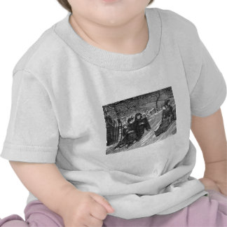 Vintage Victorian Family Christmas Sled Race T-shirts