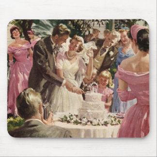 Vintage Wedding Bride Groom Newlyweds Cut Cake Mouse Pad