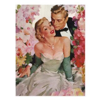 Vintage Wedding, Retro Bride and Groom Newlyweds Postcard