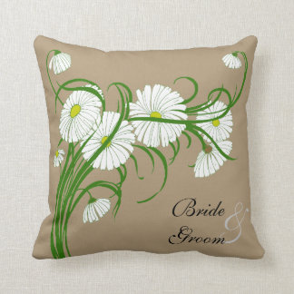 Vintage White Gerber Daisy Flowers Wedding Set Throw Pillow