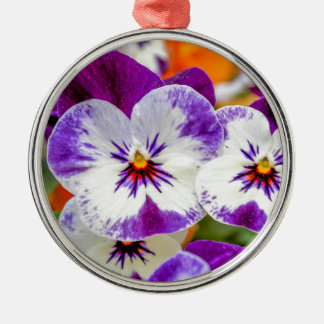 violet in the garden Silver-Colored round decoration