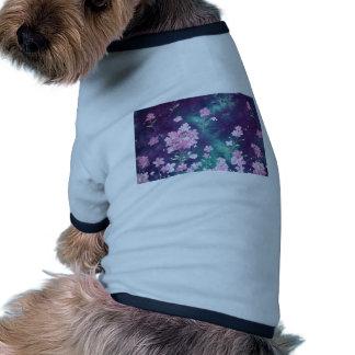 violetas com fundo de ceu t-shirts para caes