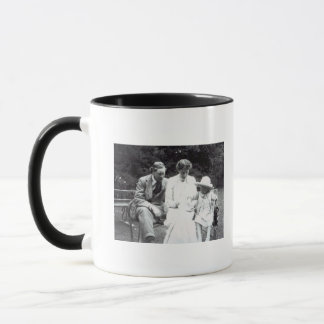 Virginia Woolf with Clive and Julian Bell, 1910 Mug
