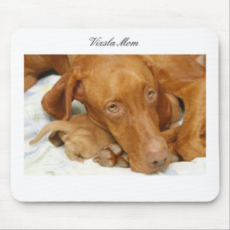 Vizsla Mom Mousepad