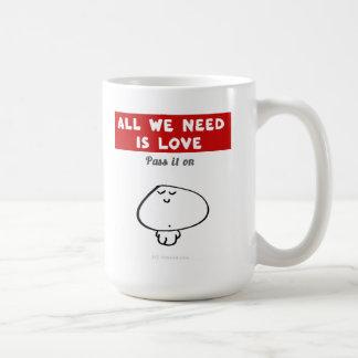 "VM8576 ""all we need is love"" vimrod Basic White Mug"