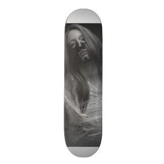 voices 19.7 cm skateboard deck