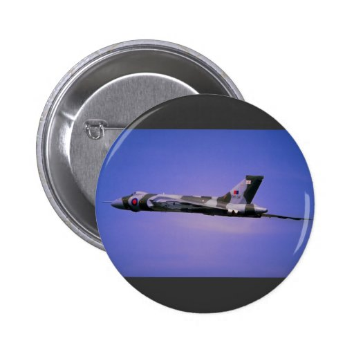 Vulcan display flight at Boscombe Down, Wilts, Wil 6 Cm Round Badge