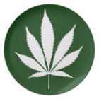 W04 Pot Leaf Dinner Plate