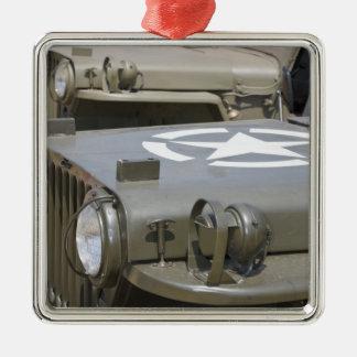 WA, Arlington, Arlington Fly-in, World War II 4 Silver-Colored Square Decoration