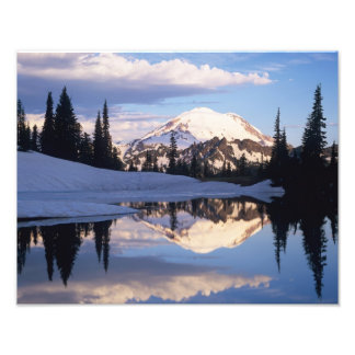 WA, Mt. Rainier NP, Mt. Rainier and clouds Photo Art