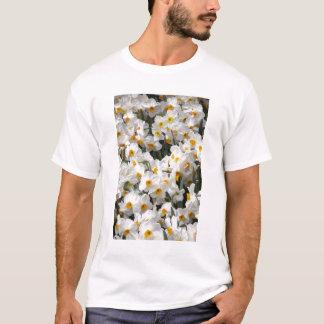 WA, Skagit Valley, Daffodil pattern T-Shirt