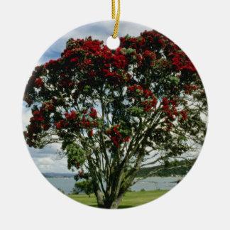 Waitangi, Christmas Tree, New Zealand flower Round Ceramic Decoration