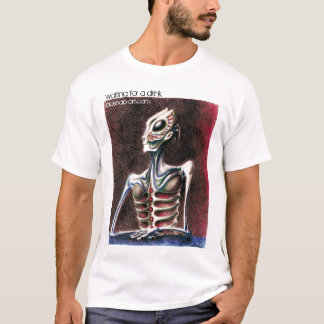 """""""Waiting for a drink"""" biosnaps T-shirt"""