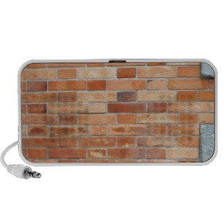 wall laptop speaker