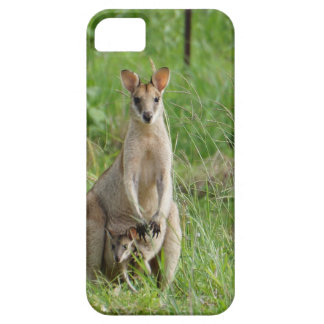 WALLABY AND JOEY RURAL QUEENSLAND AUSTRALIA BARELY THERE iPhone 5 CASE