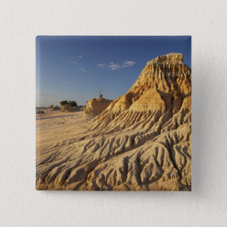 Walls of China Formations, Mungo National 15 Cm Square Badge